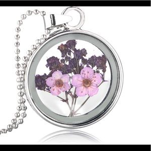 Beautiful Pink/purple dried flower Necklace